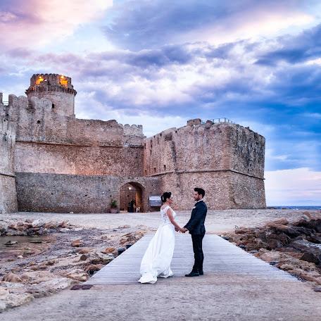 Wedding photographer Dionigi Soda (DionigiSoda). Photo of 23.11.2017