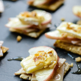 Turkey Apple Brie Bites.