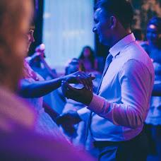 Wedding photographer Evgeniy Kolobaev (kolobaxa). Photo of 29.08.2017