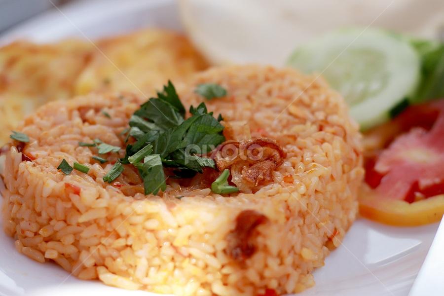 Nasi Goreng Plated Food Food Drink Pixoto
