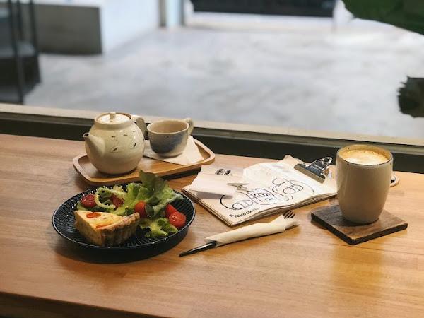 一想 一響|酸種麵包與鹹派,新竹插座咖啡館