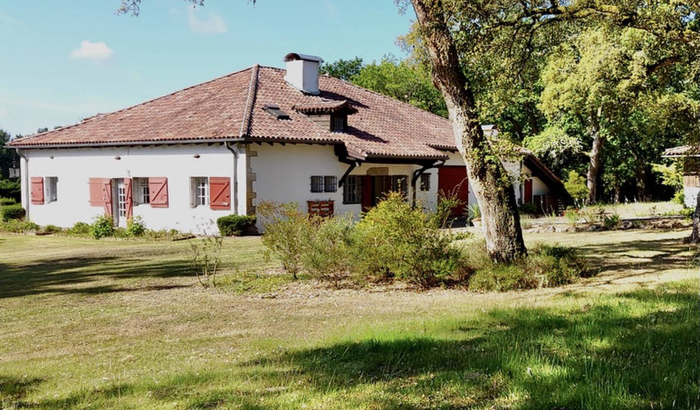 Property with pool and garden Saint-Geours-de-Maremne