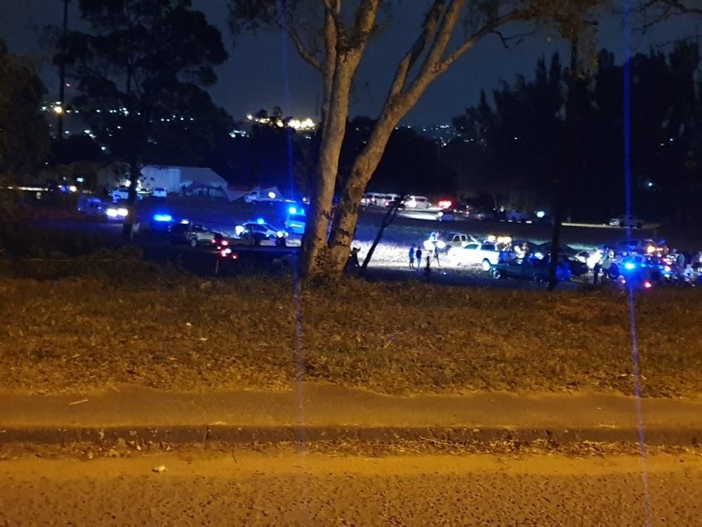 Twee in hegtenis geneem vir gewapende saluut ter nagedagtenis van die doodgesette Durban-sleepwa-baas - TimesLIVE