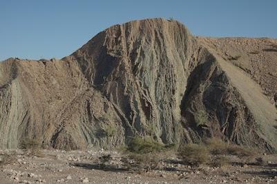 Gesteinsformation nahe des Wadi Bani Khalid