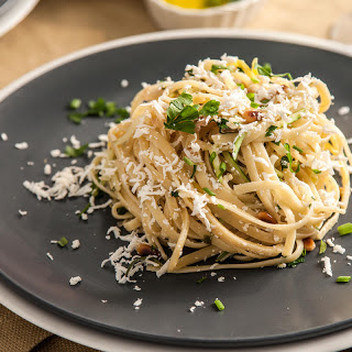 Linguine with Squash Noodles and Pine Nuts