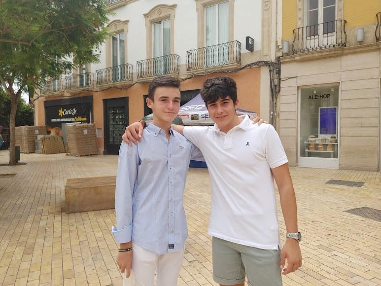 Kike y Pablo, de 16 años, hablaron de toros en su intervención