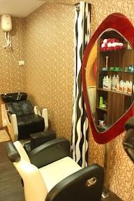 Q Professional Hair And Beauty Studio photo 2