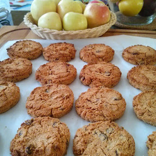 Healthy Almond Raisin Cookies.