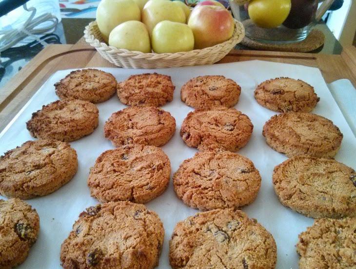 Healthy Almond Raisin Cookies Recipe