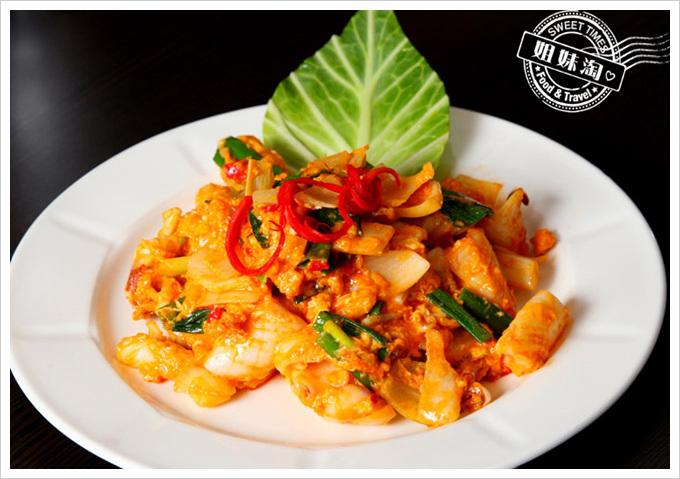 阿杜皇家泰式料理菜單鹹蛋炒花枝