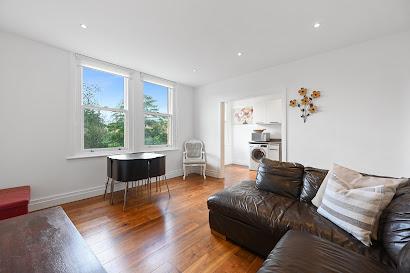Ealing Apartment
