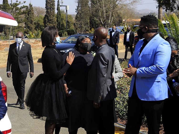 Emotions ran high at Bob Mabena's funeral service.