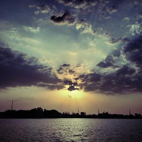 by Abul Faizy S M - Landscapes Cloud Formations ( weekend, webgram, tagsforlikes, tweegram, travel, tgif, instagrammers, instaclick, igfotogram, instashot, instamood, instagram, instagood, instabest, igaddict, iggram, india, photooftheday, picoftheday, picture, photo, scenery, sky, sunset, hangout, lake, life )
