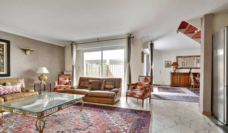 Maison avec terrasse Courbevoie