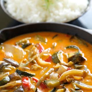 Easiest Roasted Veggie Thai Curry