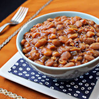 Slow Cooker Baked Beans With Canned Beans Recipes.