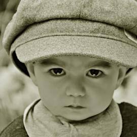 The boy by Stephanie Veronique - Babies & Children Child Portraits ( hat, portrait, boy, child )