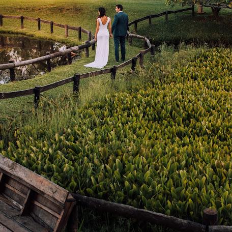 Wedding photographer Cesar Mongelos (CesarMongelos). Photo of 14.11.2017