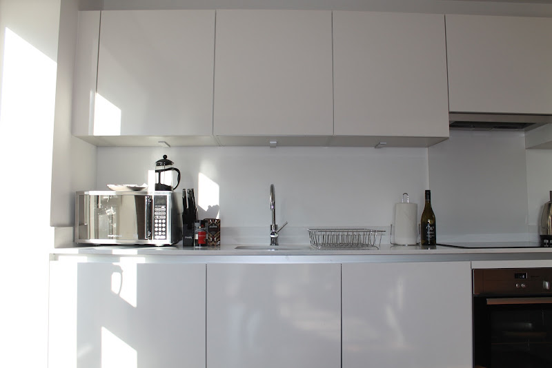 modular kitchen area at shoreditch apts