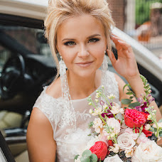 Wedding photographer Elena Senchuk (baroona). Photo of 13.07.2018