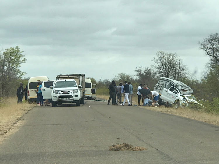 A tourist is in a critical condition in a Johannesburg hospital after a giraffe fell on to his bakkie.