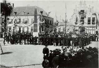 Photo: 1898 ter gelegenheid van troonsbestijging van Wilhelmina
