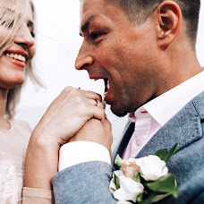Wedding photographer Antonina Riga (tonya). Photo of 10.10.2017