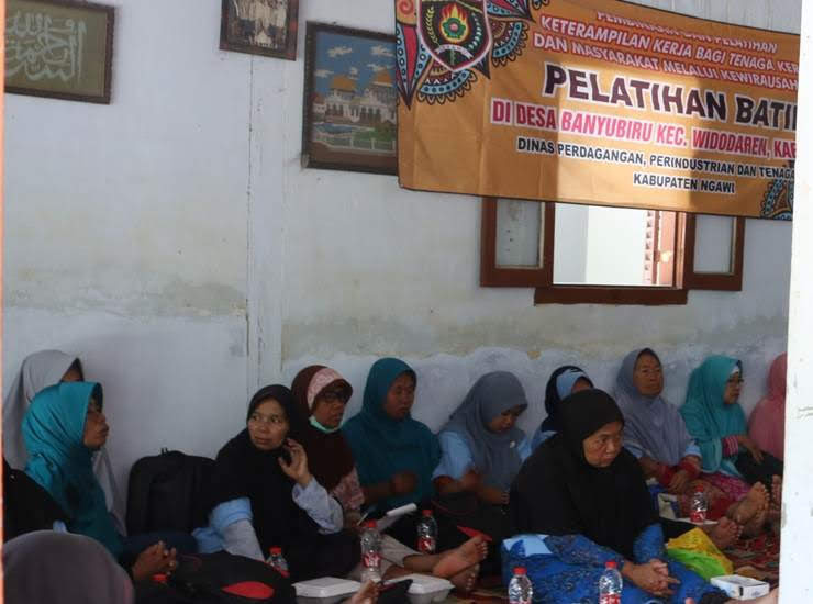 Batik tulis Banyubiru Ngawi Jawa Timur