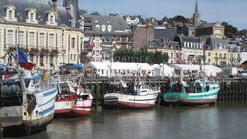 locaux professionels à Trouville-sur-Mer (14)
