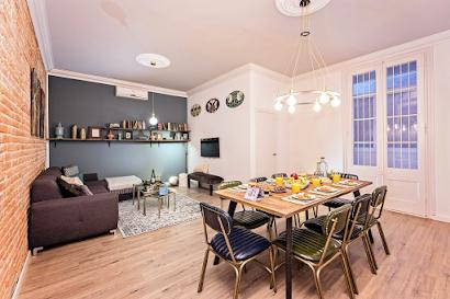 La Pedrera Serviced Apartment, Barcelona