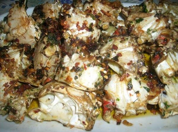 Garlic Blue Crabs: blue crabs sauteed in evoo, butter, fresh garlic, italian parsley, crushed...