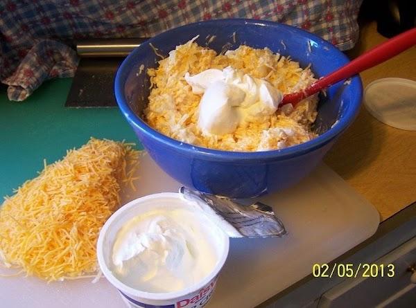 Cin's Sweet Onion & Sour Cream Cheese-Dip...(All photos by: CinStraw)