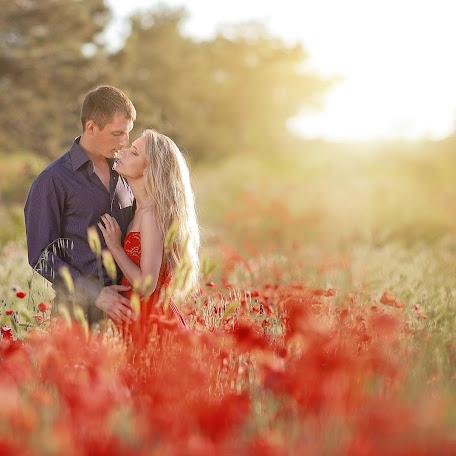 Wedding photographer Olga Selezneva (olgastihiya). Photo of 28.08.2013