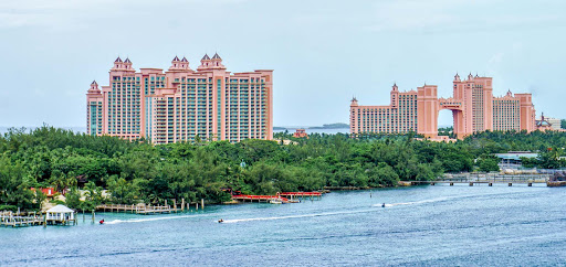 atlantis-bahamas.jpg - Experience an aquatic adventure at Atlantis Resort on Paradise Island during a shore excursion on Mariner of the Seas.