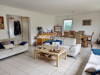 maison à Saint-Marc-le-Blanc (35)