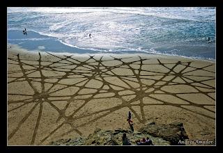 Photo: 'Cracks'