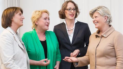 Frauen in die Aufsichtsräte (FidAR)
