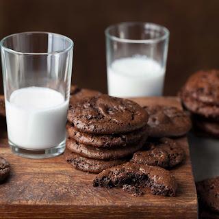 Double Chocolate Cocoa Cookies (Paleo, Vegan).