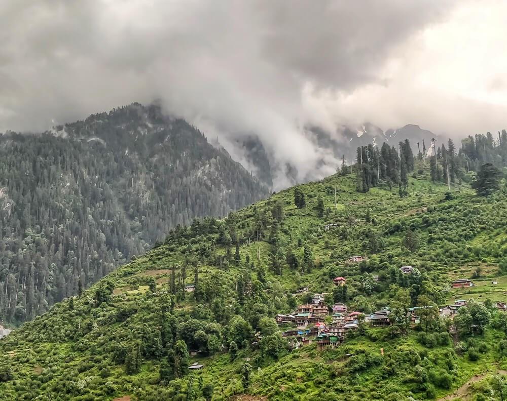 shila+village+manikaran+sosan+parvati+valley+himachal+pradesh