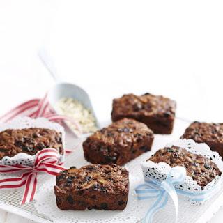 Mini Christmas Cakes.