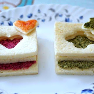 SURPRISE DOOR PANEER SANDWICH WITH RED AND GREEN STUFFING