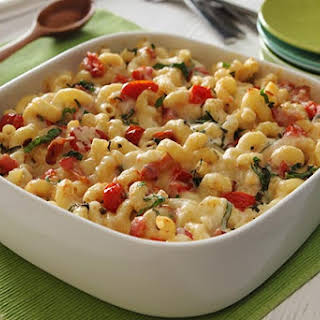 Macaroni & Cheese with Roasted Tomatoes, Bacon & Basil.