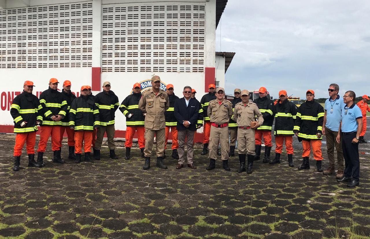 Militares do 4º GBM e 4ª SBM participam de formatura semanal e instrução de resgate em escombros