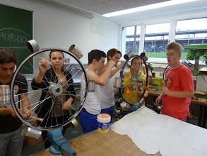 Photo: teamwork, Haftgrund für den Farbauftrag am nächsten Tag