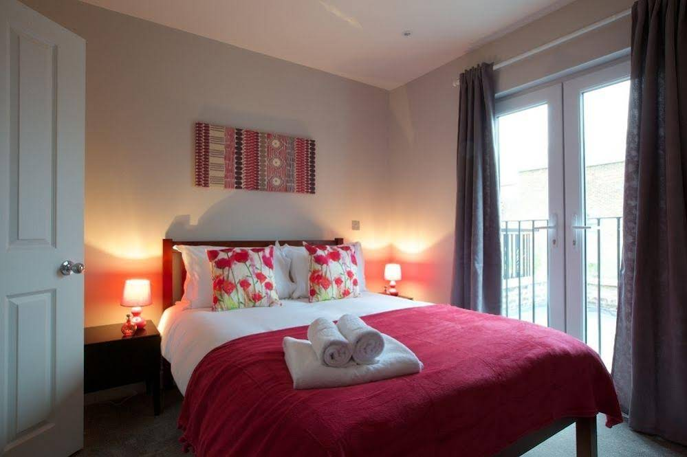 Flying Butler - Hammersmith Apartments