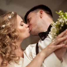 Wedding photographer Alena Pokidova (EkaPokidova). Photo of 08.11.2014