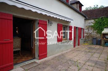 maison à Chamvres (89)