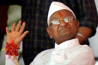 Photo: Team Anna can change face of Parliament: Maneka Gandhi http://t.in.com/2q8a
