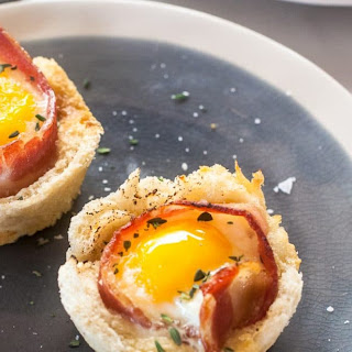 Bacon & Eggs in Toast Cups.