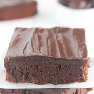 Skinny Slow Cooker Fudgy Dark Chocolate Brownies.